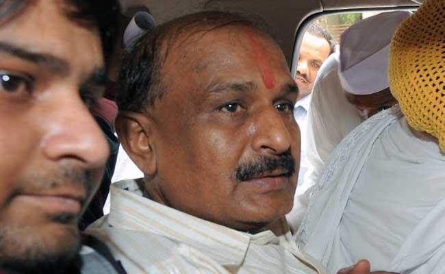 गुजरात दंगा मामला : मौत तक उम्रकैद की सजा काट रहे बाबू बजरंगी को मिली सात दिन की जमानत