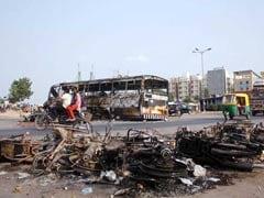 आरक्षण की आग में सुलगा गुजरात, पुलिसकर्मी समेत अब तक 8 की मौत, बुलाई गई सेना