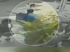 बेंगलुरु : सीसीटीवी की मदद से दो चेन स्नैचर गिरफ्तार, 23 केस सुलझाने का दावा