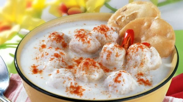 Holi Special: India's Love Affair With Dahi Bhalla and How Chat Came To Rule Indian Street Food
