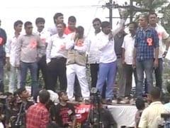 आरक्षण : हार्दिक पटेल की अगुवाई में वडोदरा में रैली, जानें क्या है पूरा मामला