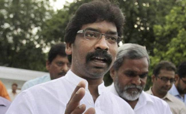 Hemant Soren Meets Rahul Gandhi Over Seat Sharing In Jharkhand