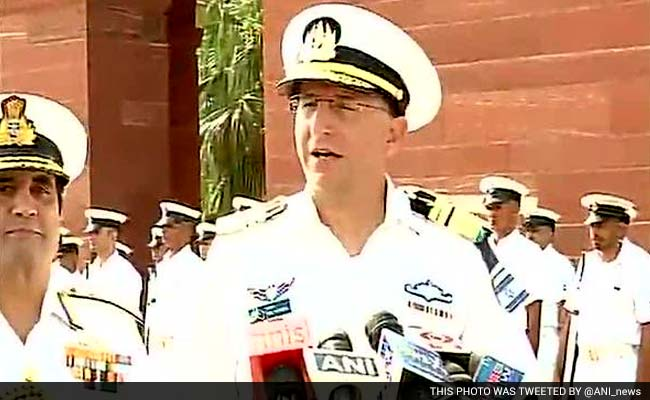 Israeli Navy Chief Holds Talks With Defence Officials