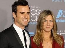 After Secret Wedding, Jennifer and Justin Head For Honeymoon