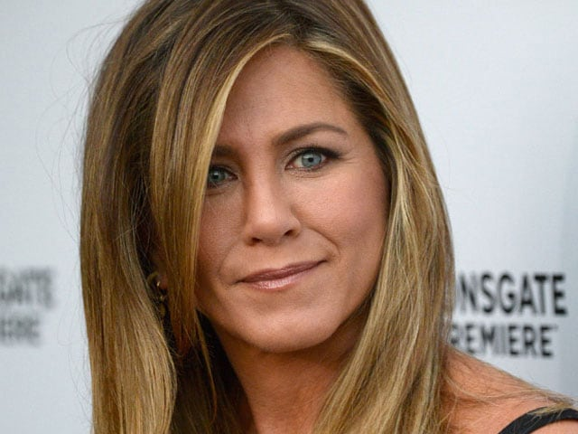 Jennifer Aniston Makes First Public Appearance Since Wedding