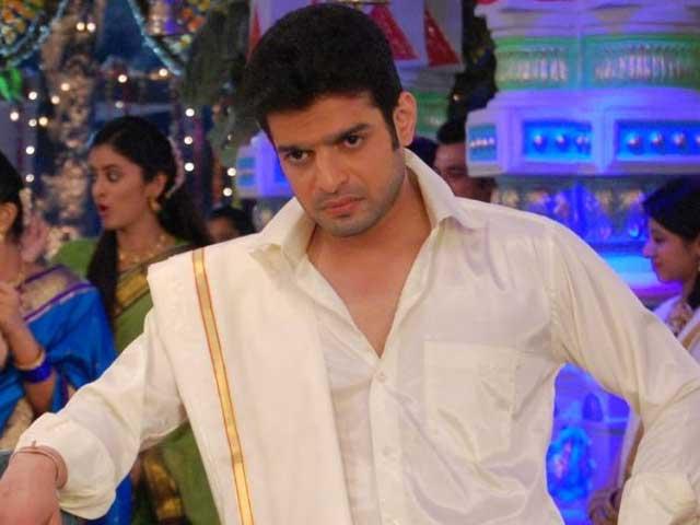 TV actor Karan Patel Injured on Sets of Yeh Hai Mohabbatein