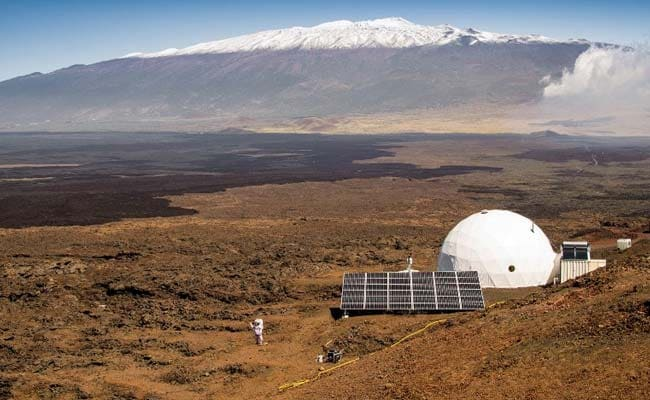 1 Year and Counting: Mars Isolation Experiment Begins