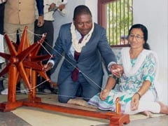 Mozambique President Visits Anand Agricultural University in Gujarat