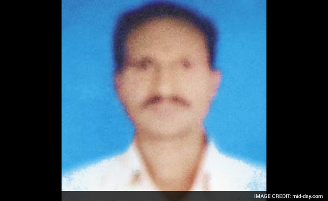 Madhya Pradesh Train Tragedy: Passenger Overcomes Fear of Water, Floats to Safety