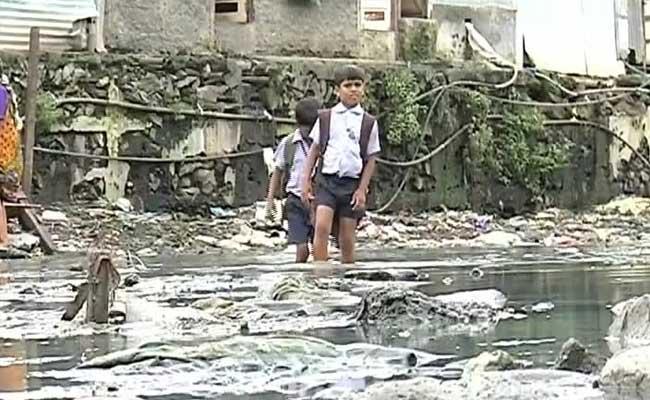 mumbai children sathe nagar sewage