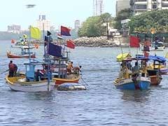 श्रीलंकाई नौसेना ने 12 भारतीय मछुआरों को किया गिरफ्तार