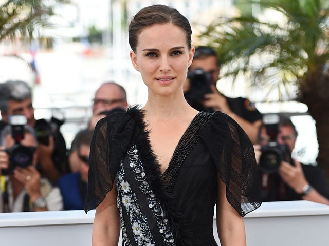 Natalie Portman Explains Hollywood Pay Disparity With Help From Titanic