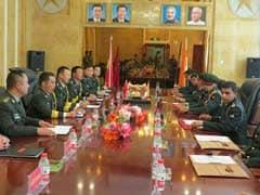 पीएलए डे पर मिले भारतीय और चीनी सैनिक