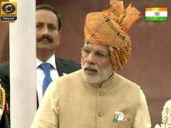 PM Narendra Modi Pays Tribute to Freedom Fighters on 69th Independence Day