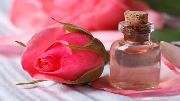 The Power of Rose: It Can Prevent Wrinkles, Acne and Inflammation