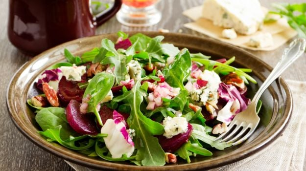 Salad Dressings: 7 Delicious Ideas To Spruce Up Your Greens