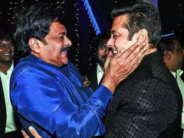 Salman Khan Dances at Chiranjeevi's Birthday Party