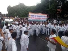 संथारा पर रोक के खिलाफ बेंगलुरु और चेन्नई में विरोध मार्च