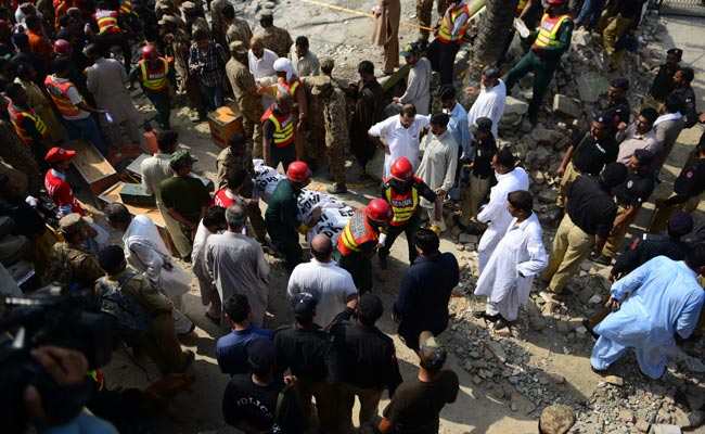 Pakistan Minister Shuja Khanzada, 19 Others Die in Suicide Attack