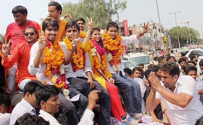 DUSU चुनाव में एबीवीपी का क्लीन स्वीप, चारों पदों पर जमाया कब्जा