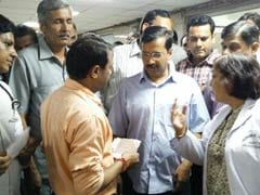 Arvind Kejriwal Refuses to Let North Delhi's Mayor Enter His House