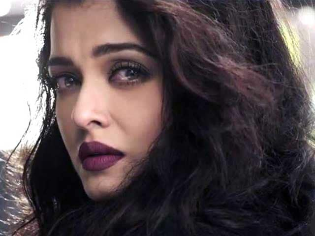 Aishwarya and Angst in 10-Second Teaser of First Jazbaa Song