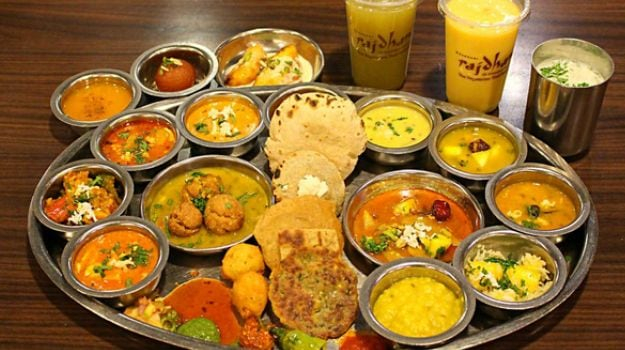 10-best-buffet-restaurants-bangalore-7