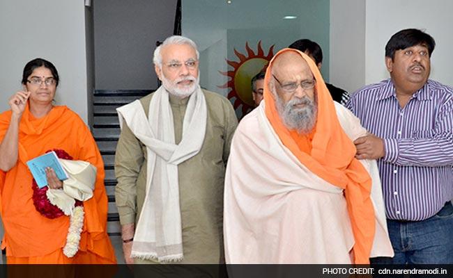 PM Narendra Modi's Spiritual Guru Swami Dayanand Dies at 87