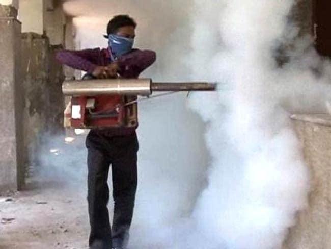 दिल्ली-एनसीआर में डेंगू का प्रकोप : सिस्टम है कि मानता नहीं
