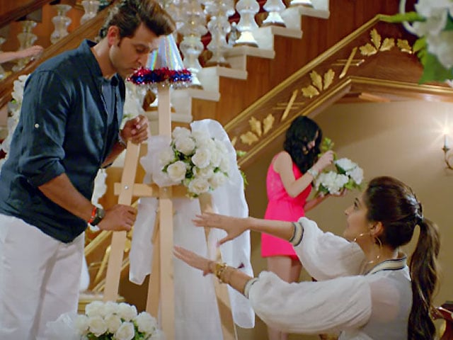 Hrithik, Sonam's Dheere Dheere Watched Over 5 Million Times on YouTube