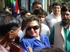 डॉली बिंद्रा ने राधे मां पर लगाया यौन उत्पीड़न का आरोप, FIR दर्ज