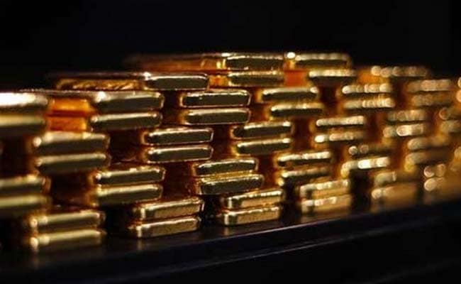 Man Tries To Smuggle Gold Worth Rs 35 Lakh In A Bucket