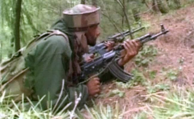 कुपवाड़ा में आतंकवादियों के साथ मुठभेड़ में लेफ्टिनेंट कर्नल घायल