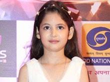 Harshaali Malhotra Wins an Award For <i>Bajrangi Bhaijaan</i>
