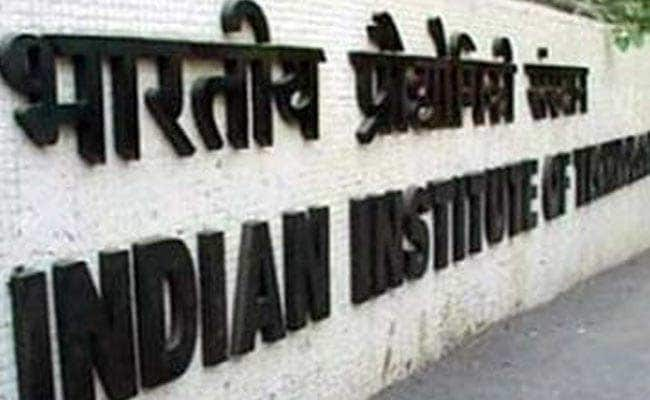 IIT Fee Hike Not Applicable To Existing Students, Says Education Ministry