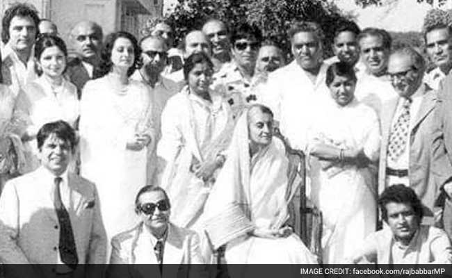 How Many Stars Can You Recognise in This Pic With Indira Gandhi?