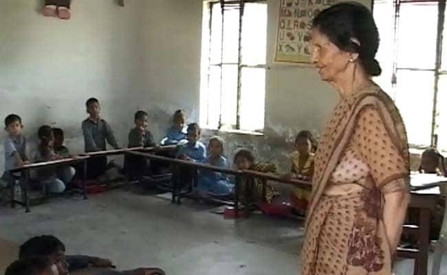 जम्मू-कश्मीर में फिर खुले स्कूल, क्या है हाल? जानिए 5 बातें
