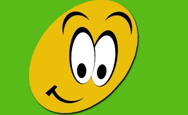 Laughter Day पर अपने दोस्तों-रिश्तेदारों को भेजें ये जबरदस्त मैसेज, न करें कंजूसी