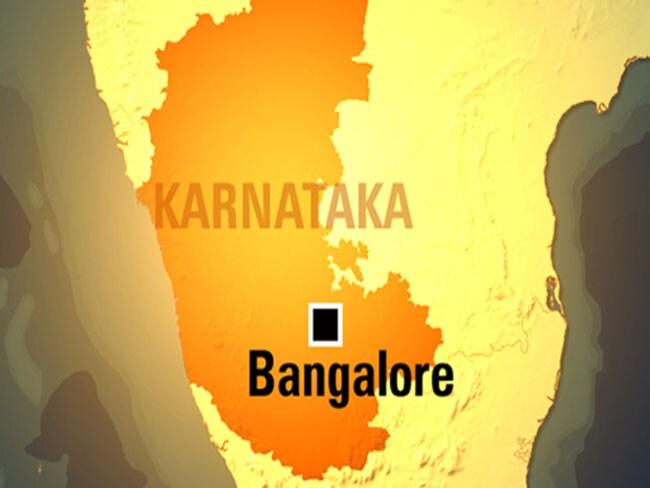 कर्नाटक : बलात्कार पीड़ित लड़की के परिवार का ग्रामीणों ने किया बहिष्कार