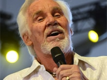 Country Legend Kenny Rogers is Retiring. But First, One Final Tour