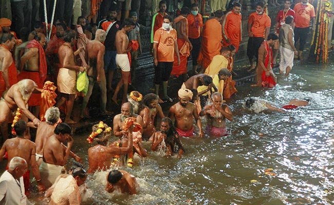 Yogi Adityanath Asks Departments To Complete Kumbh Preparations On Time