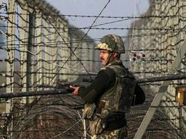 पाकिस्तान ने कल रात से चार बार किया संघर्ष विराम का उल्लंघन