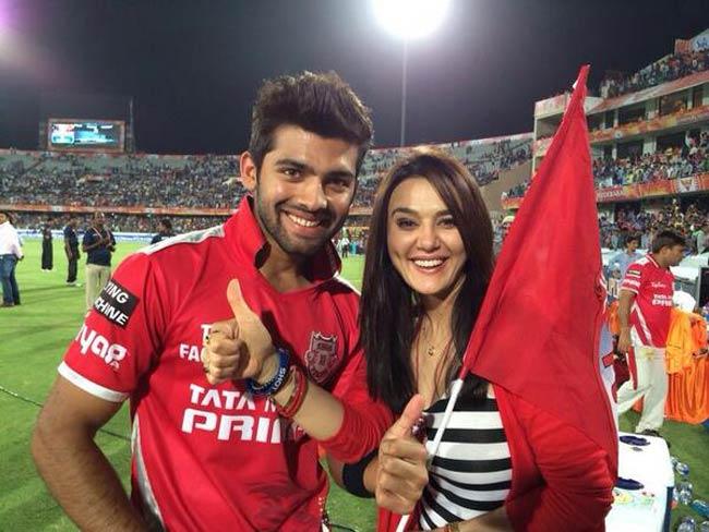 IPL SRHvsKXIP : भुवी के 'पंजे' से ढेर पंजाब टीम, मैच हारी, मनन वोहरा ताबड़तोड़ शतक से चूके