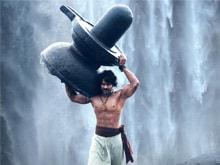 Prabhas' <i>Baahubali</i> Pose Inspires Ganesha Idols