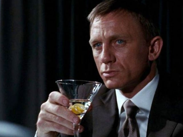 Cheers. This James Bond Has Licence Not Just to Kill But to Out-Drink