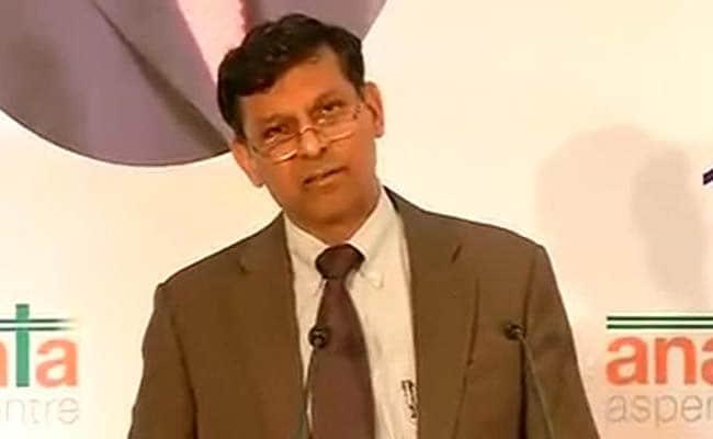 आरबीआई गवर्नर रघुराम राजन ने 'आधार' के समर्थन में दीं जोरदार दलीलें