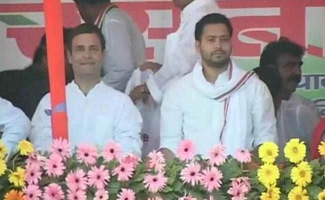 As Rahul Lands for Solo Rally in Bihar, Nitish Receives Him at Airport
