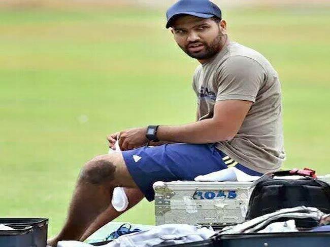 नियम उल्लंघन के लिए मुंबई इंडियंस के कप्तान रोहित शर्मा को मिली वार्निंग