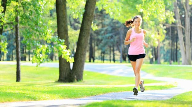 Are You Jogging Without Prior Exercise? It Could Damage Your Knees