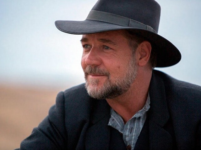 Russell Crowe to Star in Historical Drama In Sand and Blood